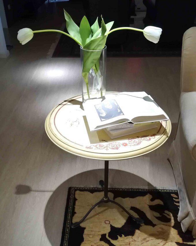 Tavolino in ferro antico