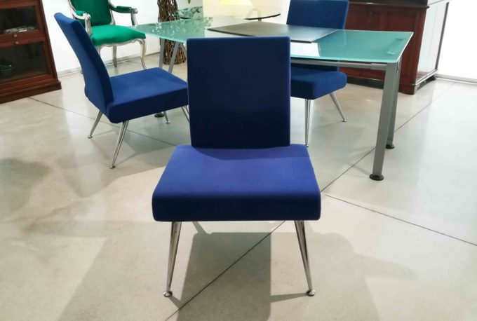 Poltrona blu ufficio