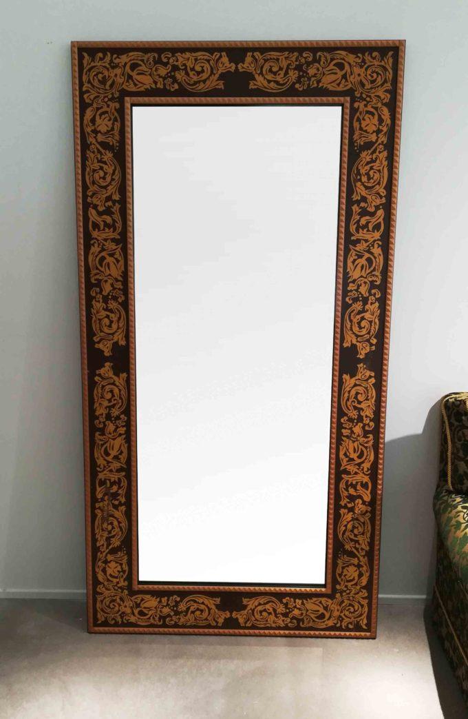 specchio baga intagliato