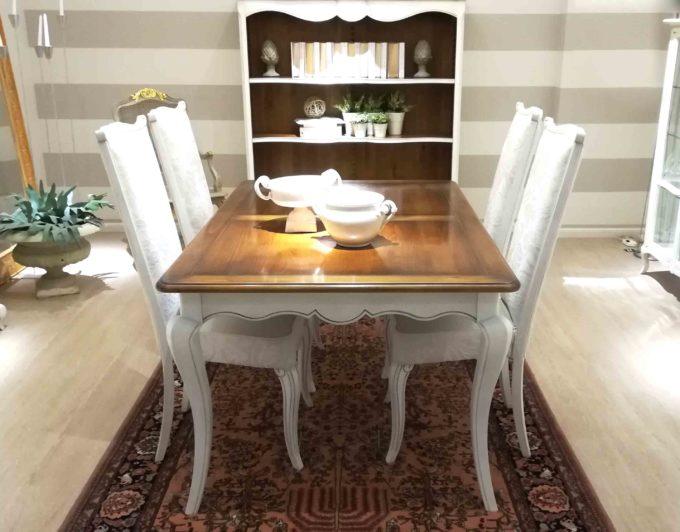 tavolo in ciliegio e sedie