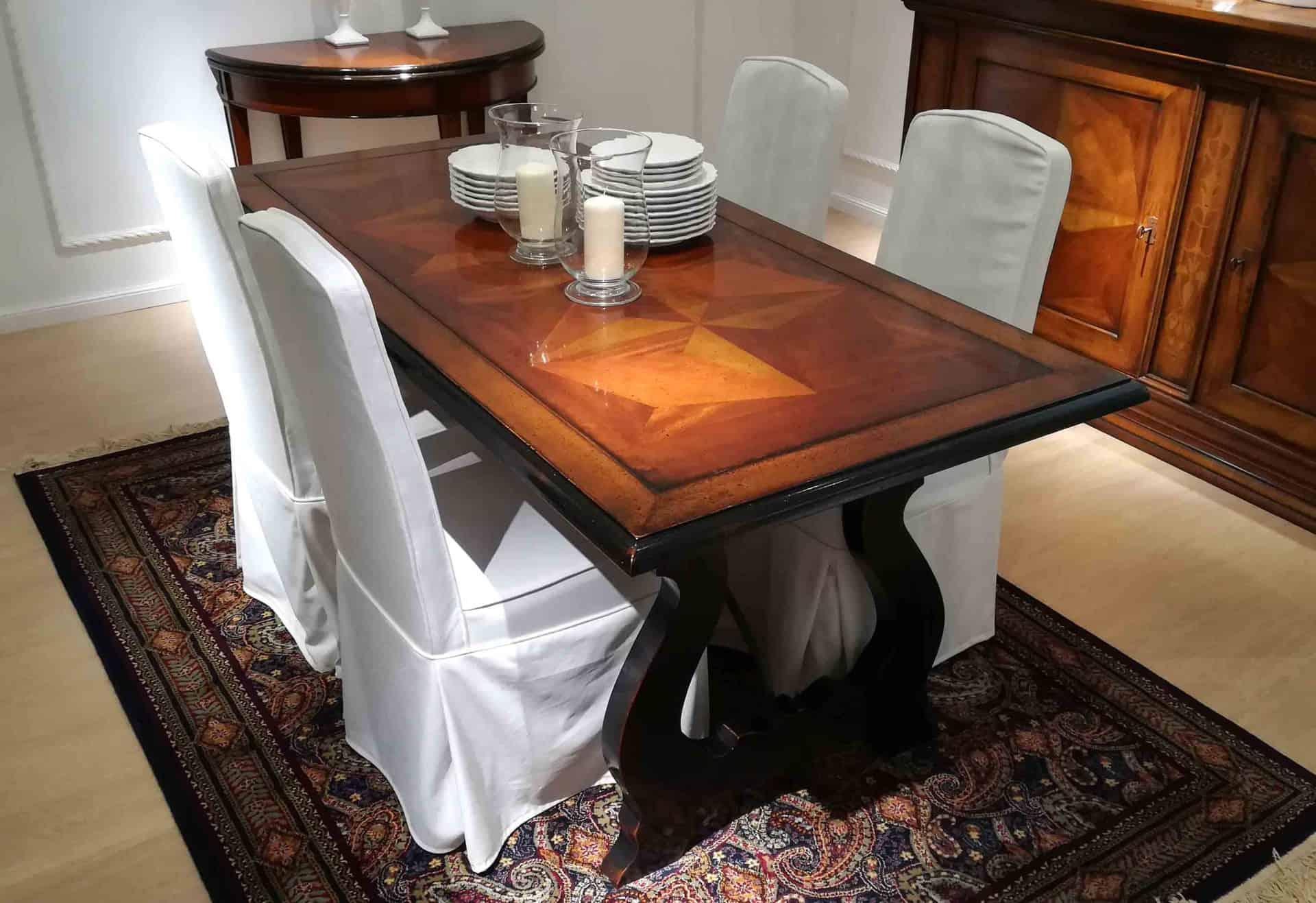 Tavolo noce massello classico