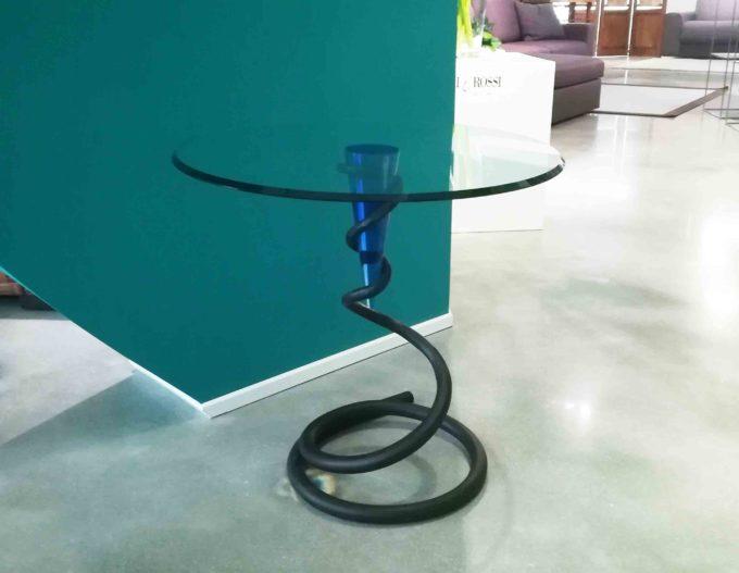 Tavolinetto cristallo e piede blu